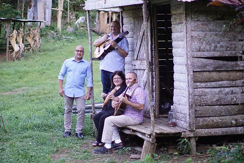 singer_ Joey Medina Ramos - Bill, Emma &