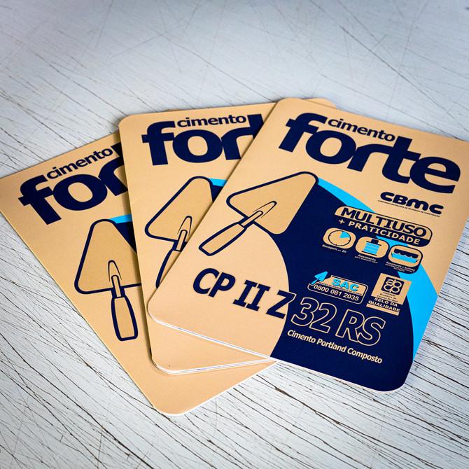 Folder para o cliente Cimento Forte