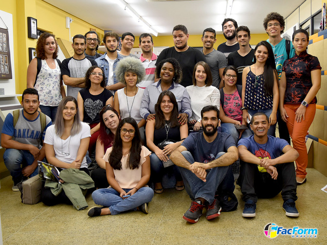 Alunos de Design da UFAL - Maceió, com a professora Mariana Hennes