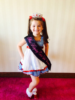 Dorothy Pageant wear