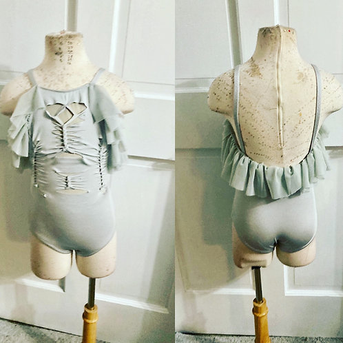 Gray leo with cuts and mesh ruffle