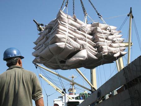 Exportação de açúcar duplica e bate recorde no mês de outubro