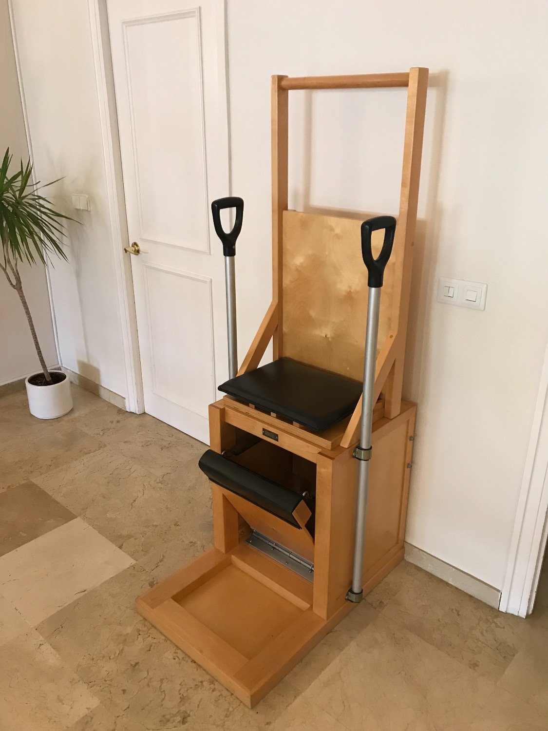 pilates marbella high chair