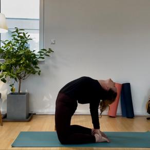Achtsam ins Neue Jahr (85min.): Schulter, Nacken, Rücken