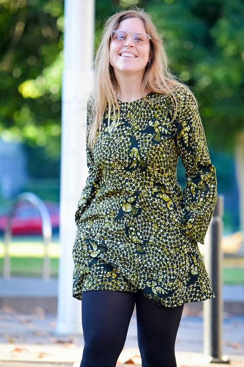 Retro Print Dress with long bell-shaped sleeves (Sizes Small to Large)