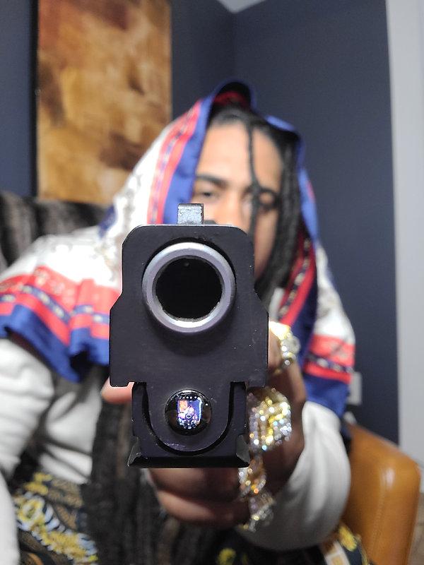 gun shot2.jpg