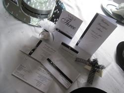 Diamante Feather Table Settings