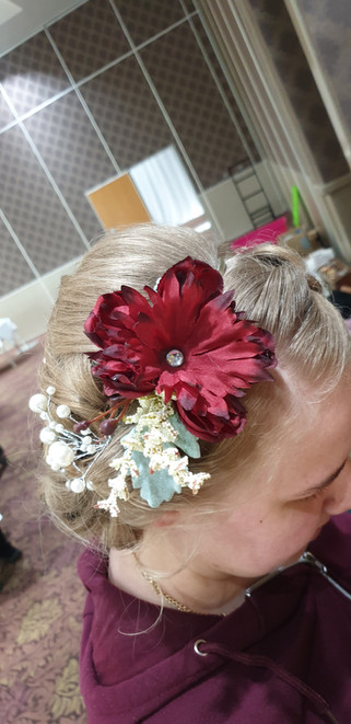 Arificial red and mixed greery headband