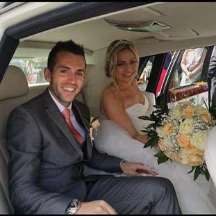 Fresh rose & gyp bridal bouquet bridal shot