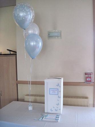 trio fo balloons top double bubble