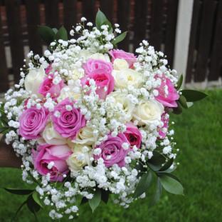 Fresh pink & ivory rose bridal bouquet