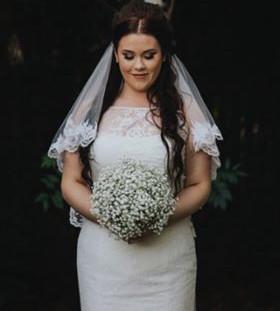Fresh gyp bridal bouquet bridal shot