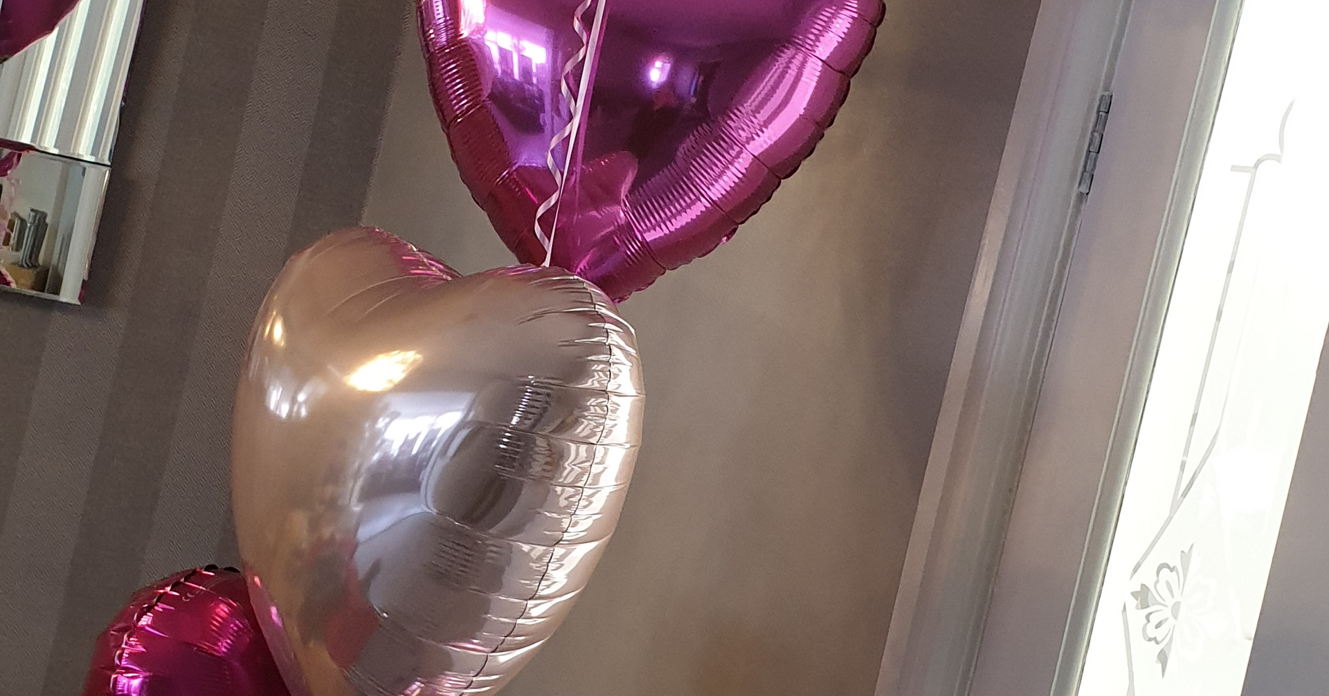16th topped cluster of 5 balloons