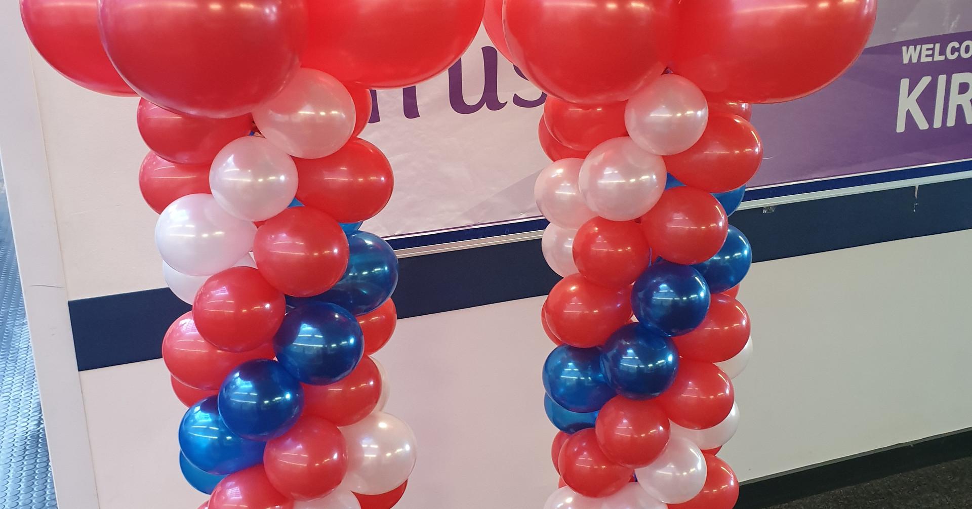 Football column Orbz balloon