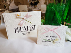 Calla Lace Table and Name Card
