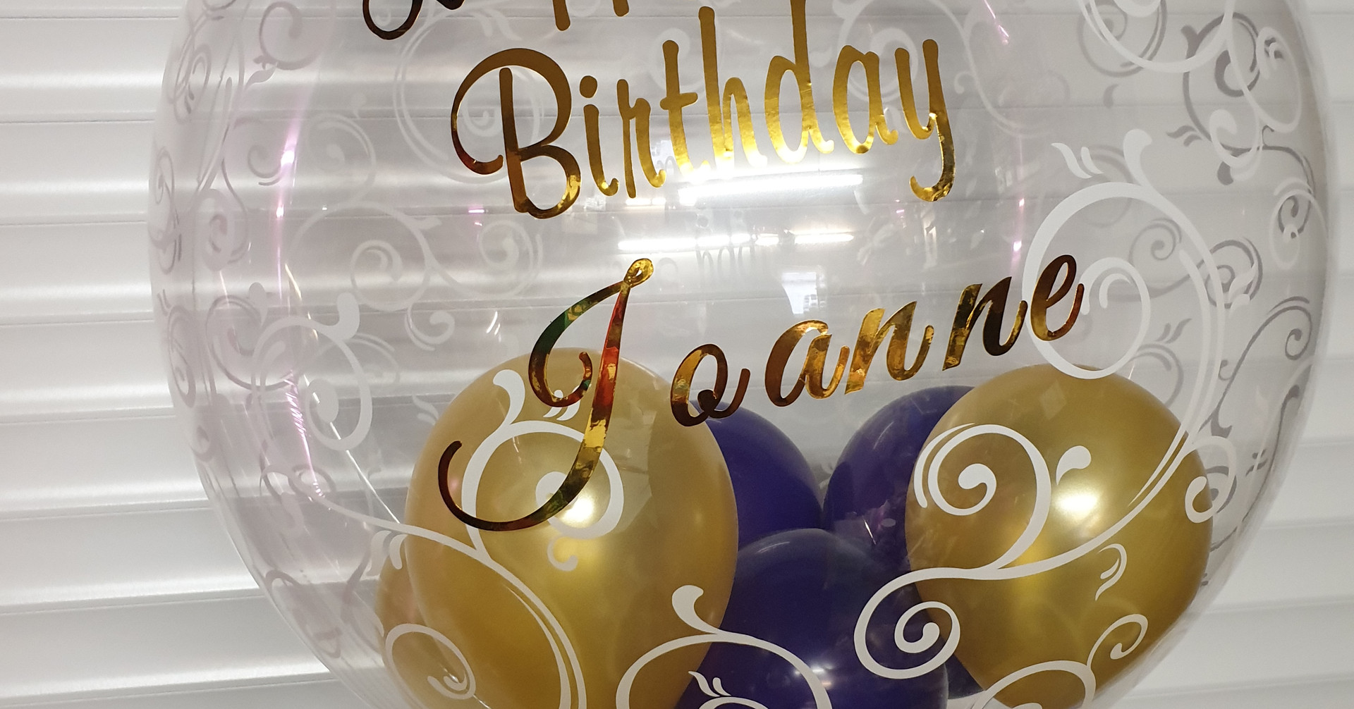 Script prnt gold and bubble balloon