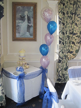 5 Balloon bouquet standard style top double bubble