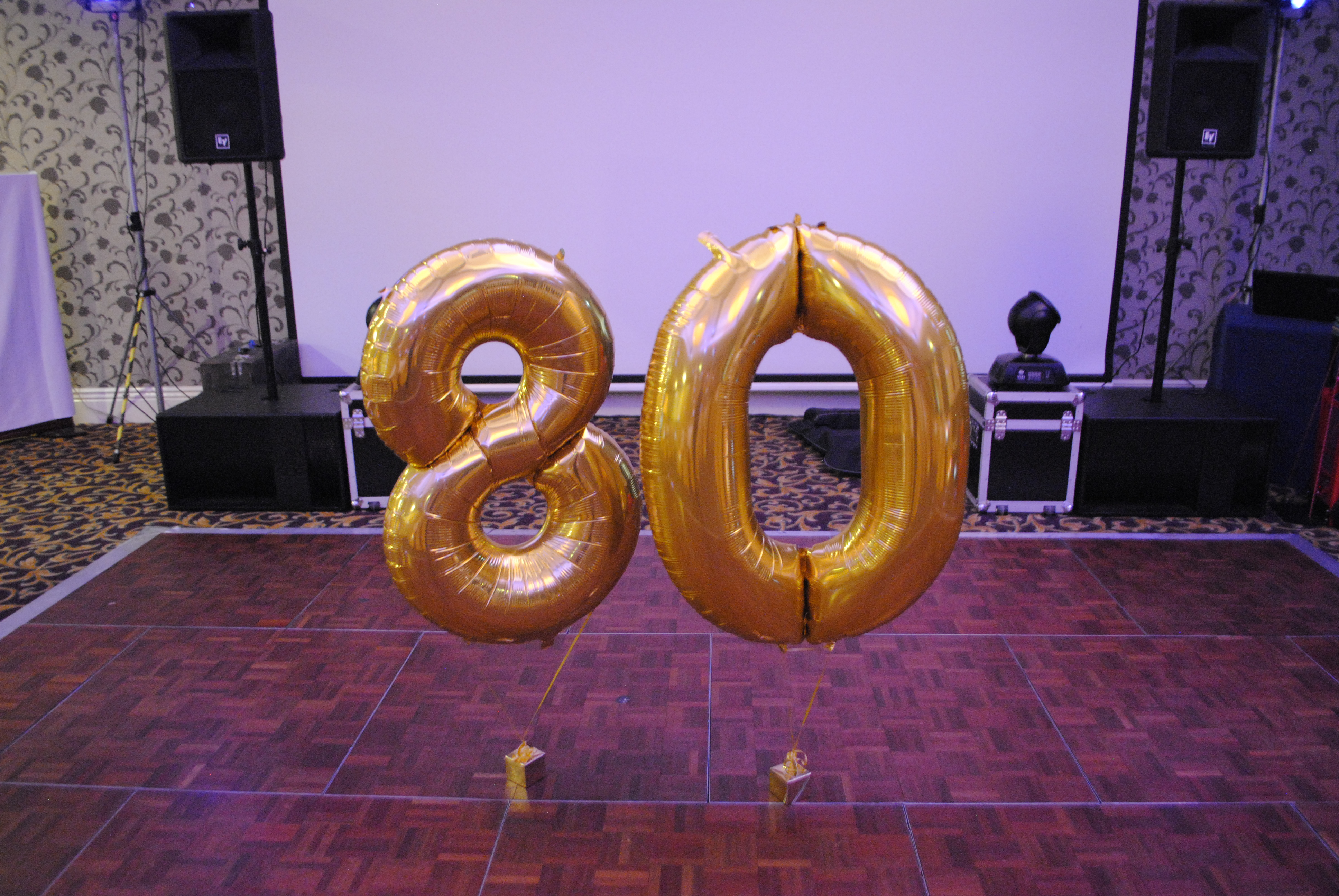 Gold Foil Number Balloon 80