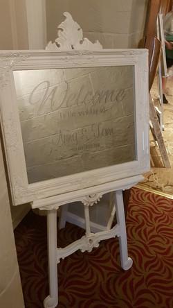 Vinyl White Ornate Mirror & Easel Welcome Sign