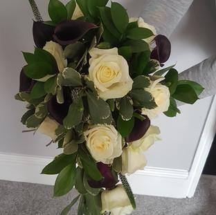 Teardrop Purple Calla & Ivory rose Bouquet