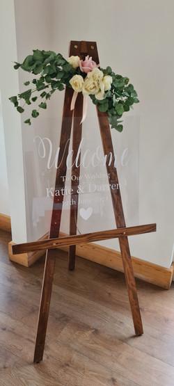 Acrylic Board & Easel