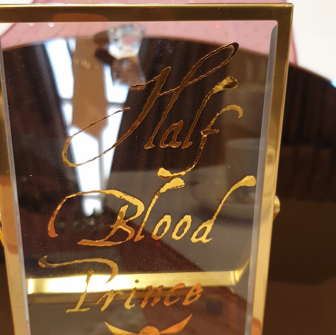 Gold Glass Table Name/Number Frame
