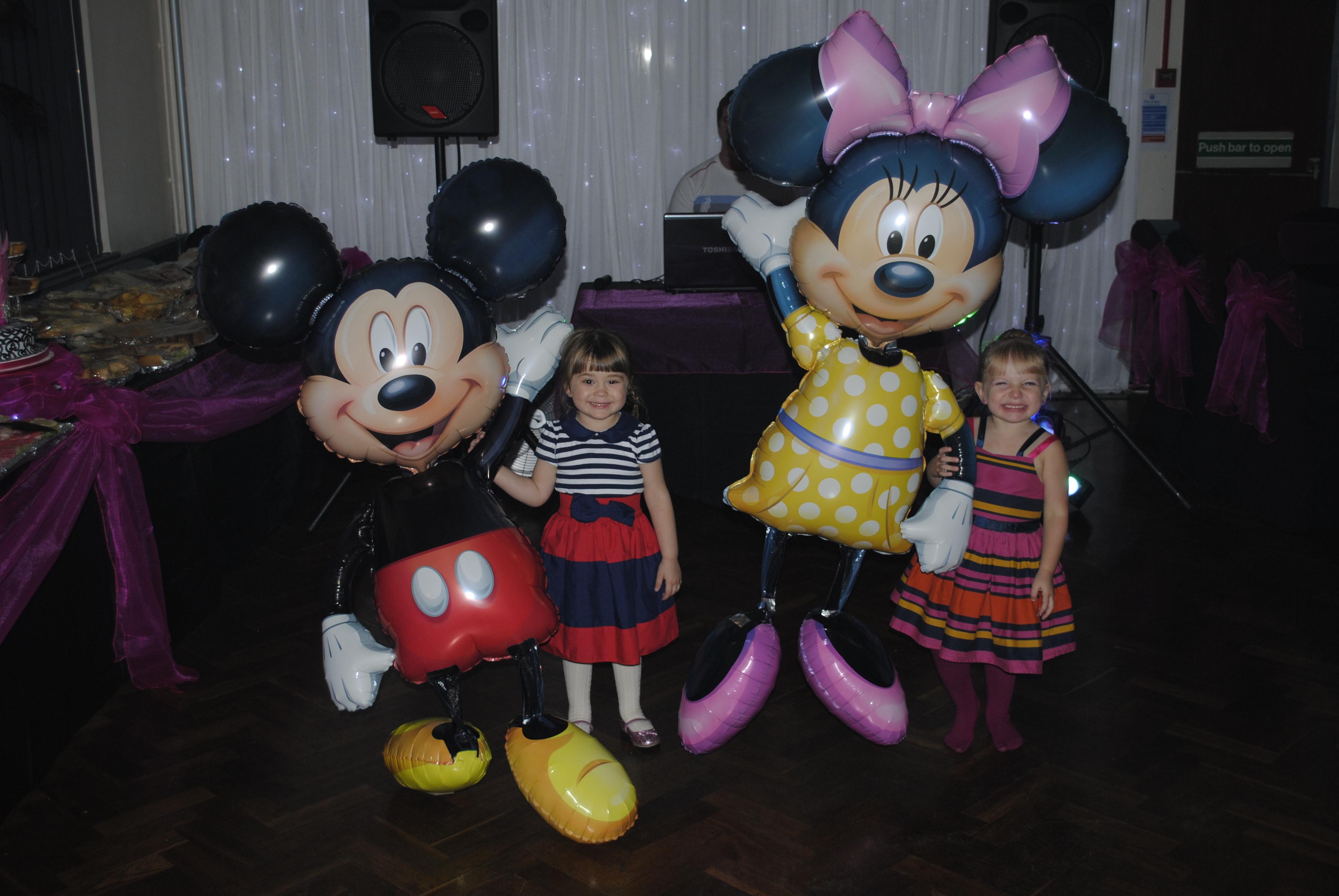 Minnie & Mickey Airwalkers