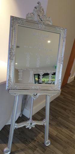 Vinyl Silver Ornate Mirror & Easel Table Plan