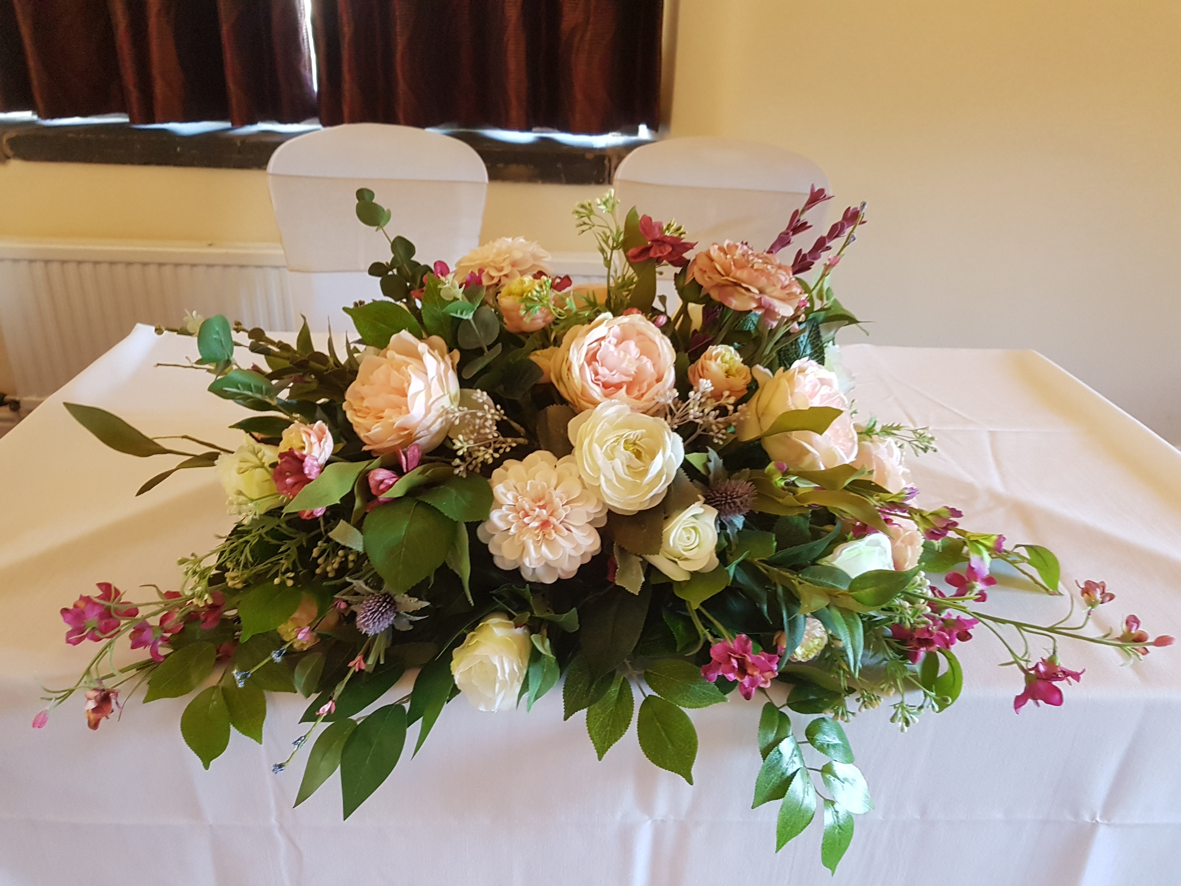 Artificial wild flower table decoration