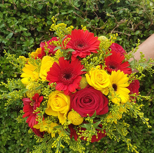 Fresh gerbera & rose bridal bouquet
