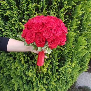 Fresh red rose bridal bouquet