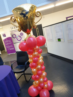Trophy Topped Red & Gold Mini Balloon Column
