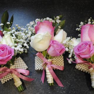 Fresh pink & Ivory wrist corsage