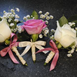 Fresh pink & Ivory wrist buttonhole