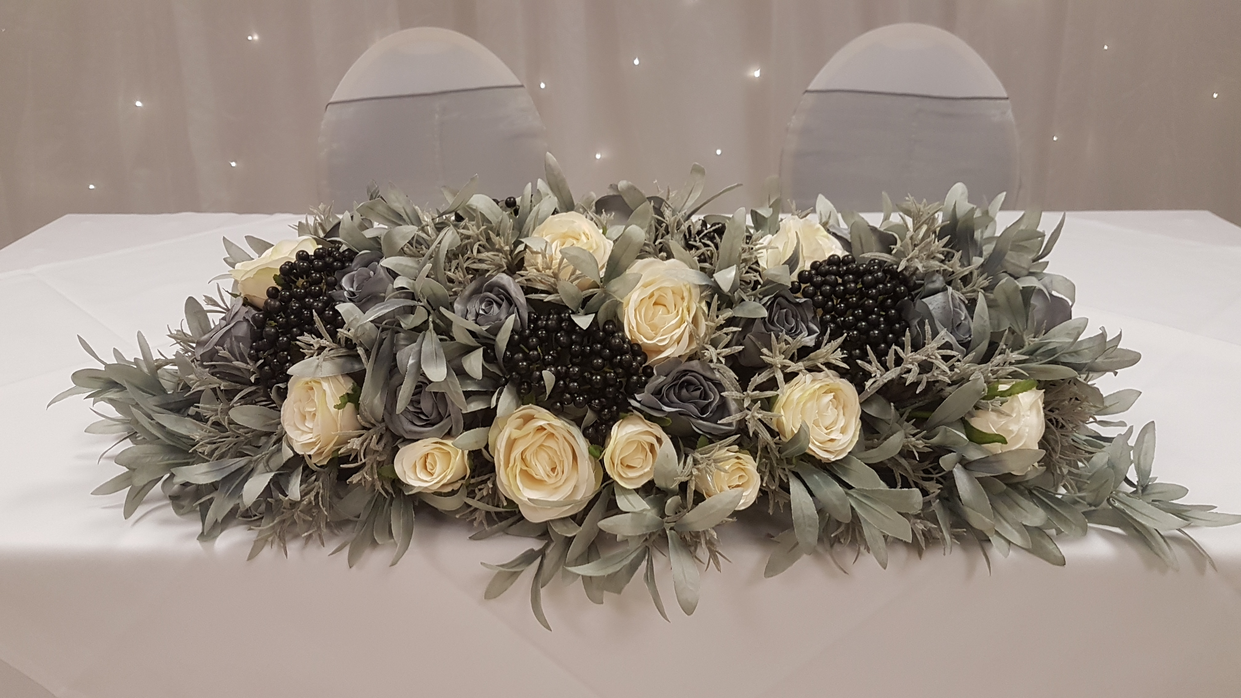 Artificial ivory, black & grey top table decoration