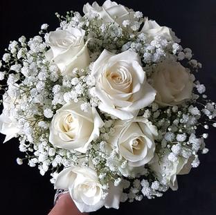 Fresh Ivory rose & gyp bridal bouquet