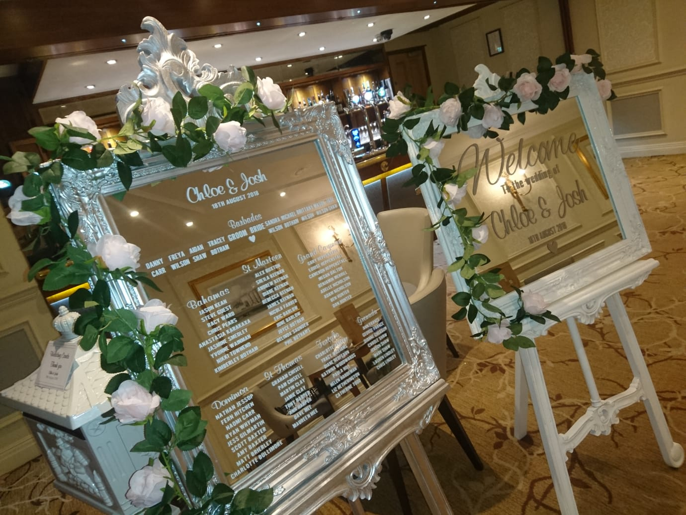 Vinyl table plan & welcome sign