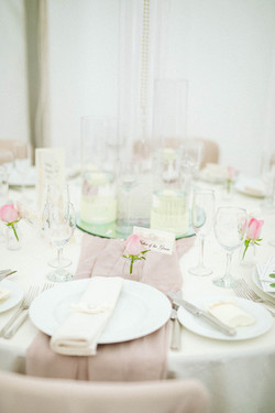 Dior Bow Table setting