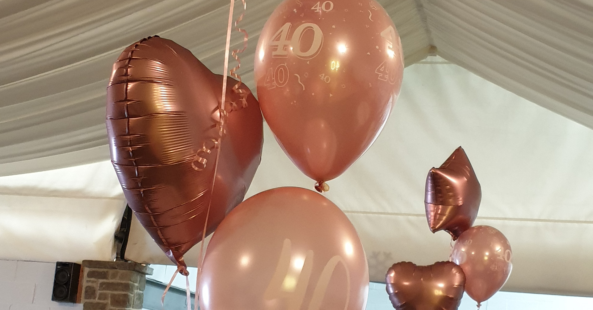 rose gold mixed bunches of 5 balloons