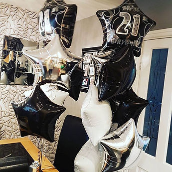 5 Balloon bouquet with printed top ballon