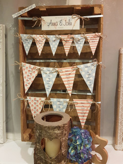 Bunting Table Plan on Crate