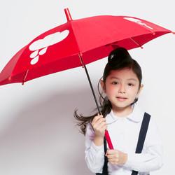 littlepeople_weather_umbrella_homeless_0