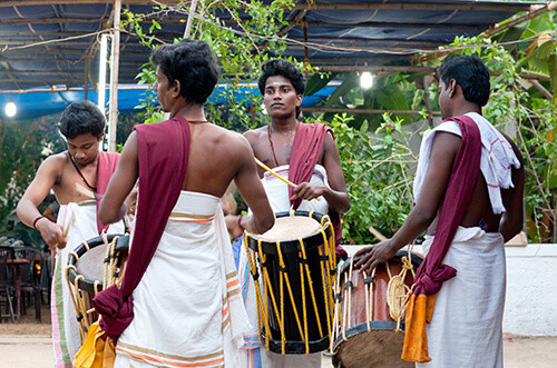 LUNGI: WHAT IS A LUNGI?