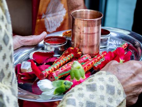 GUJARATI WEDDING TRADITIONS – MANDAP MAHOORAT/GANESH STHAAPNAA/THAAMBLI POOJAN
