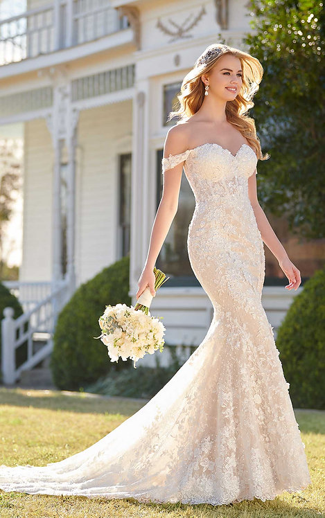 Off the Shoulder Wedding Dress with Sparkle - Real Bride - Martina Liana