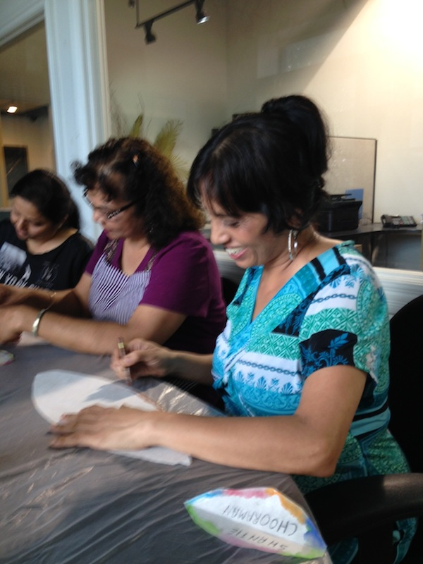 2.Petal making with T.Lippson workers