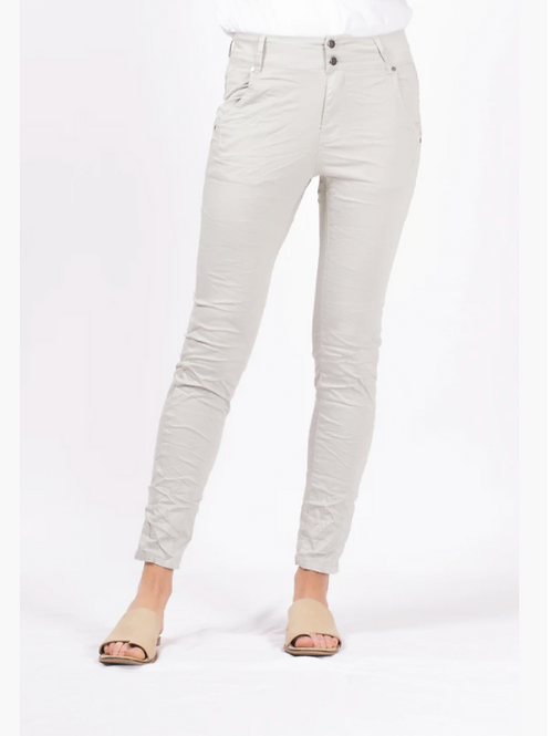 Bianco Florence boyfriend pant in morning moss