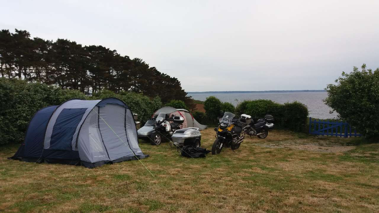 d le camping