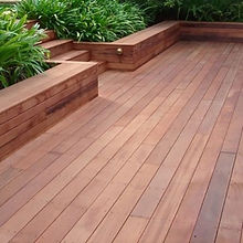 outdoor-decking-1-nsvawbiachdw5gzifm2iwh
