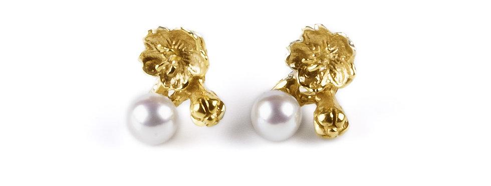 Boucles d'oreilles Cherry blossom girl ornées  de véritables perles d'eau douce